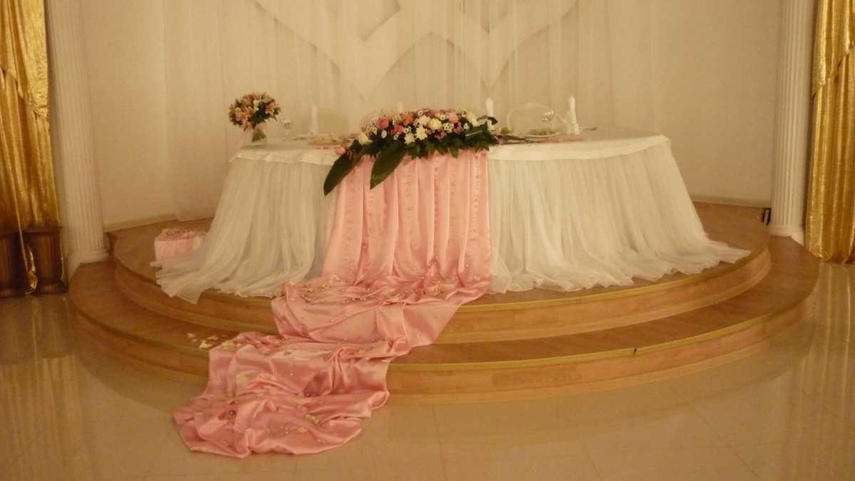 Свадебные скатерти на стол своими руками 785