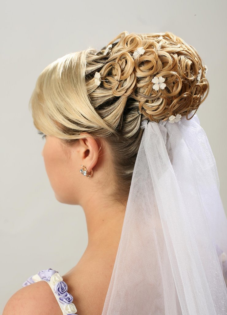 03 Завиток к завитку - свадебная прическа для длинных волос