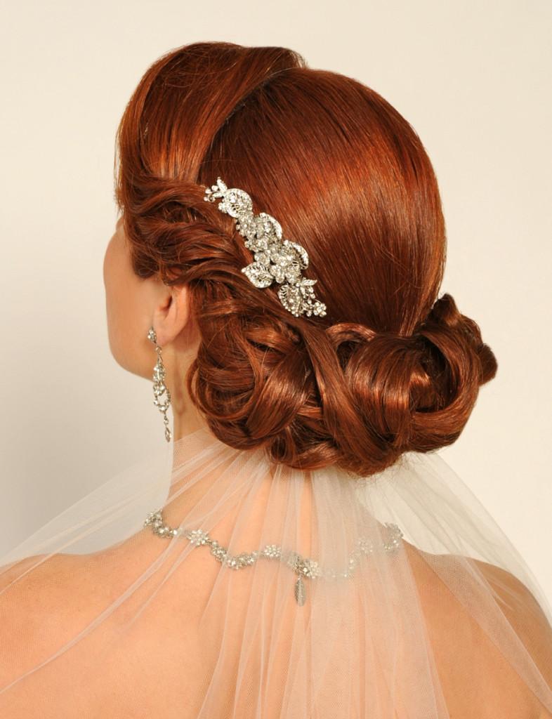 6-786x1024 Завиток к завитку - свадебная прическа для длинных волос