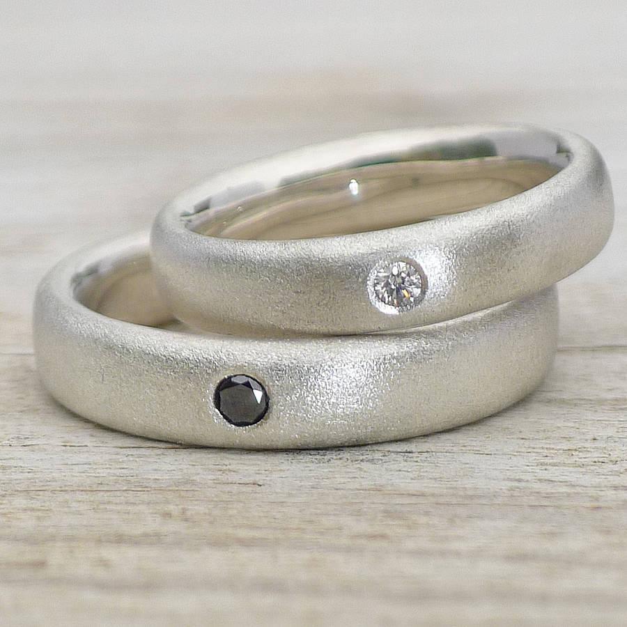 kol2 На долгую память - делать ли гравировку на обручальные  кольцах