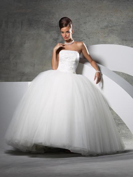 plat13 Платье по фигуре - рекомендации по выбору свадебного платья в соответствии с типом фигуры