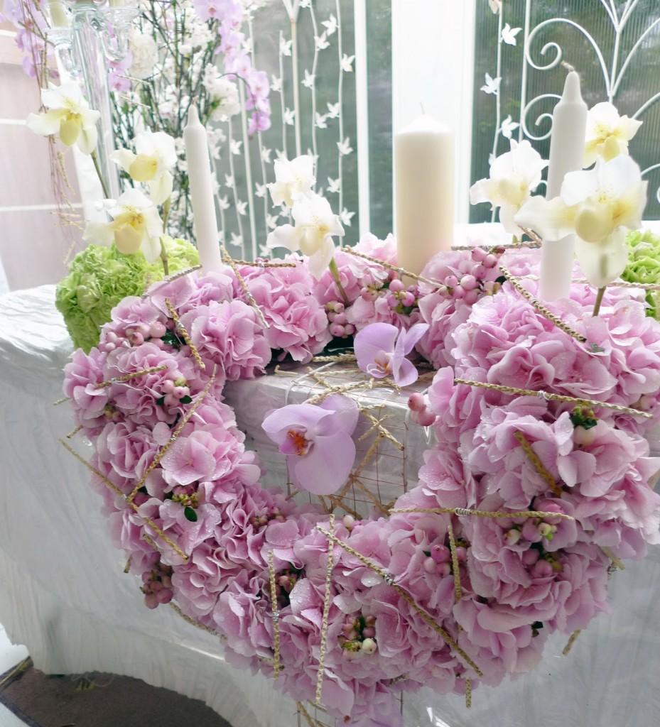 tsvdekor4-929x1024 Цветочные фантазии - Свадебный декор - украшение торжества с учетом сезона