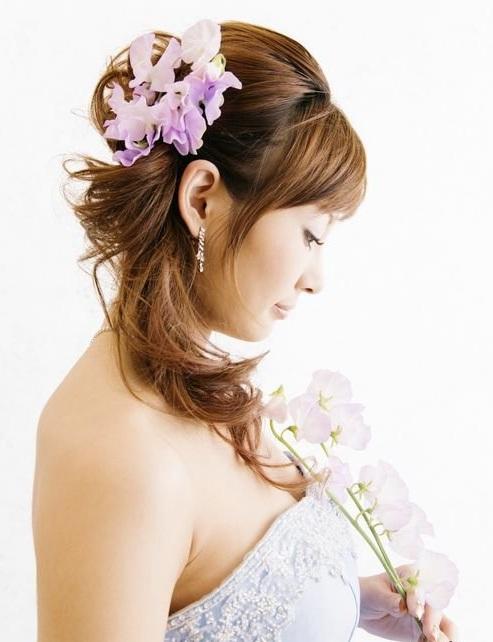 05_shlyapka Советы по выбору живых цветов для свадебной прически