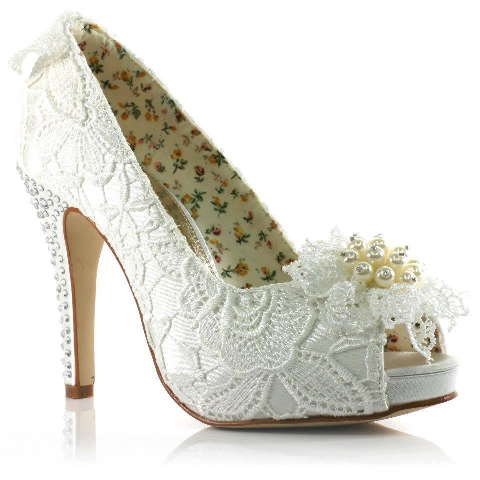 2013-zel-Tasar-m-Gelin-Ayakkab-s-Modelleri-29 Модная свадебная обувь