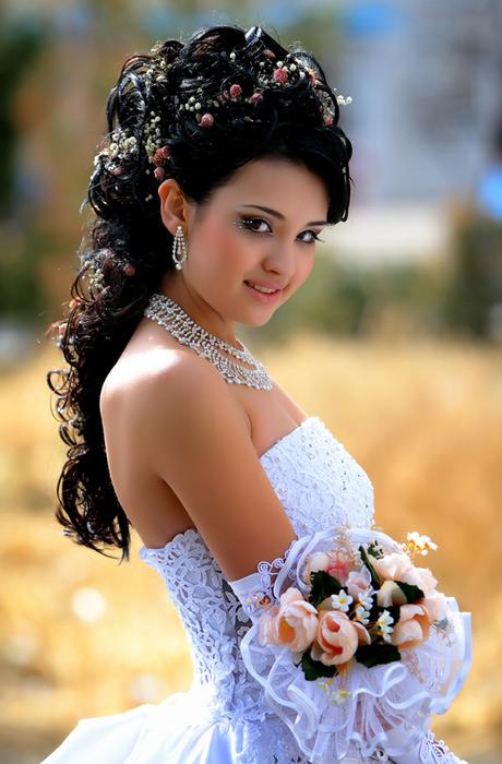 89461828_large_nevesta Яркий макияж - для яркой невесты