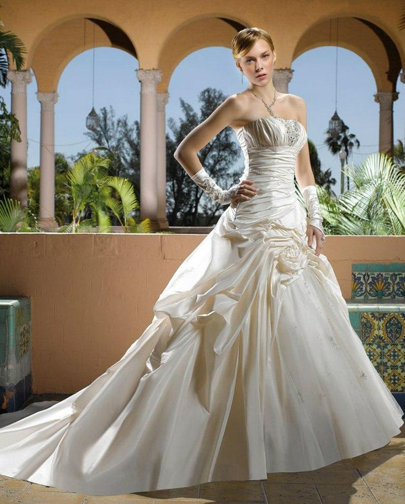 Коллекция свадебных платье Miss Kelly