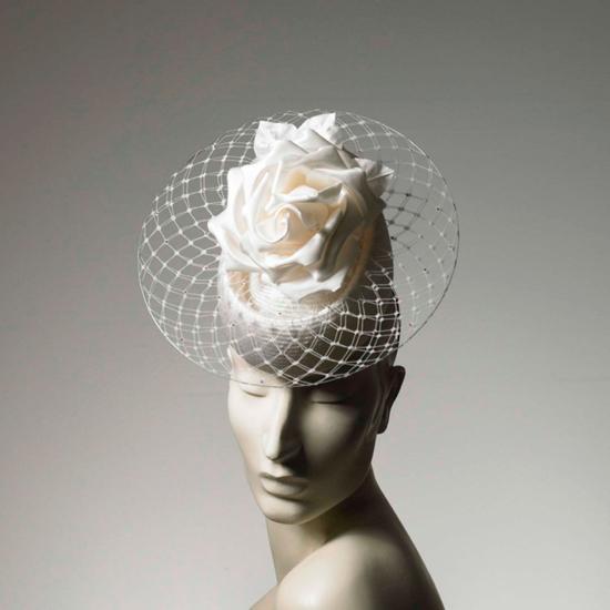 Philip-Treacy-4 Удивительные свадебные шляпки от Philip Treacy