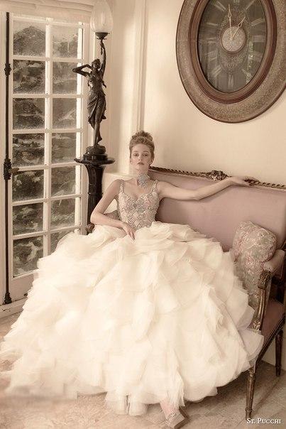 St.-Pucchi-1 Все коллекции свадебных платьев