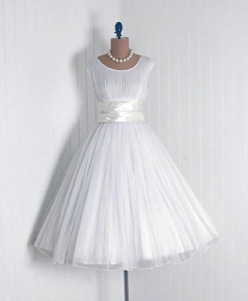 koktejlnoe-plate-4 Свадебные платья в стиле 1950 года