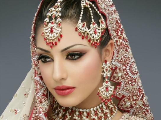 makiyaj-i-ukrasheniya Свадьба в индийском стиле
