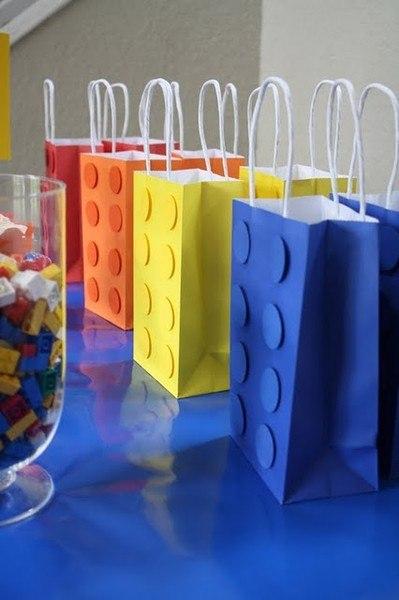 podarki-dlya-gostej-v-stile-lego Свадьба в стиле LEGO