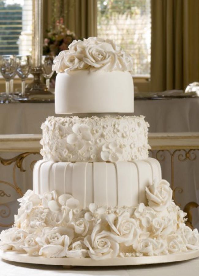 083200-cream-wedding-cake Белые свадебные торты - один из модных трендов