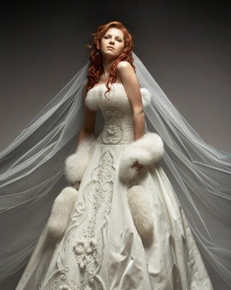 0cef37672d90bd6 1079.332x500.1346827097 Свадебные платья зимой - ослепляют красотой, но не  греют: поиск