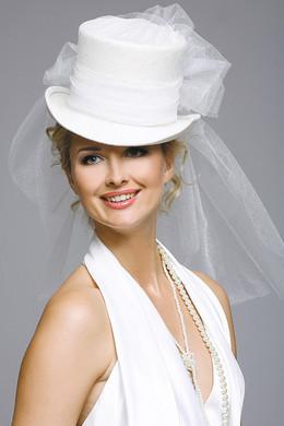Свадебные шляпки- какие шляпки можно одеть невесте?