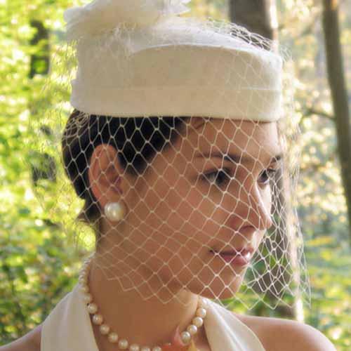 12_9_3 Свадебные шляпки- какие шляпки можно одеть невесте?