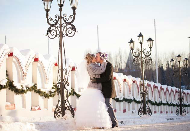 2222 Свадьба зимой, что надеть невесте?