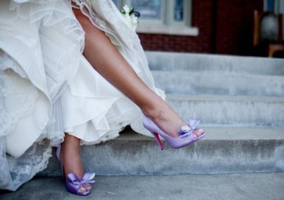 44420131 Яркая свадебная обувь невесты