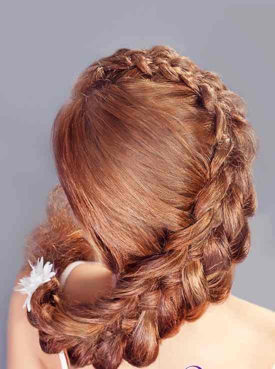 4754.550x825.1405873137 Прическа с косами на свадьбу