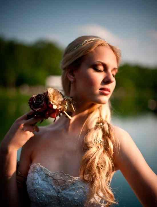 4761.550x826.1405873142 Прическа с косами на свадьбу
