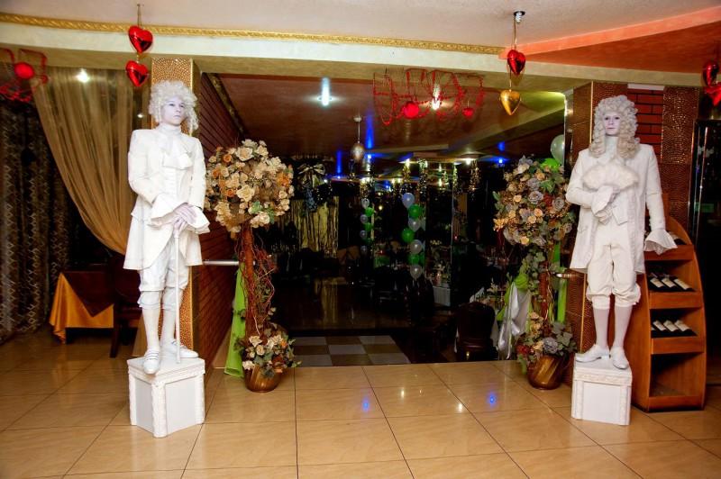 4fc1fd160f211 Живые скульптуры на свадьбу