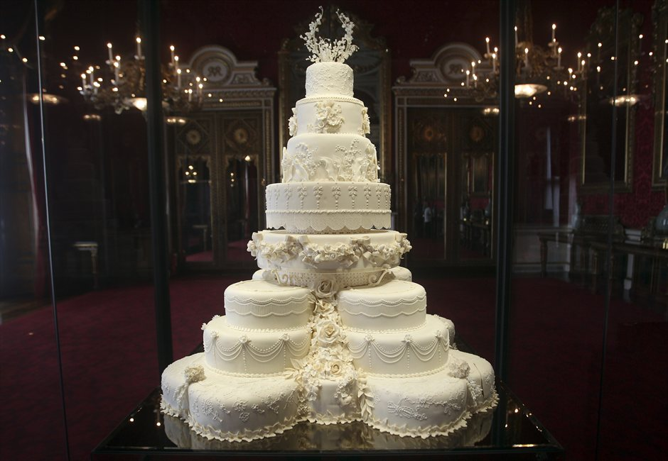 634680233110876200_torta Оригинальные способы подачи свадебного торта