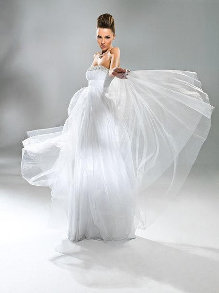 Коллекция свадебных платье от Anna Bogdan