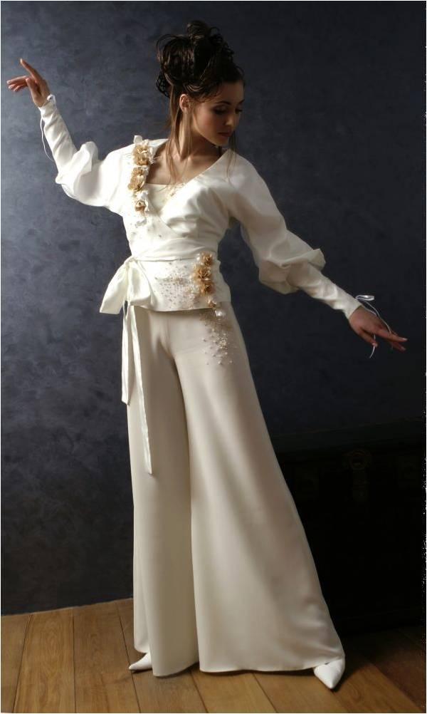 Bryuchnyj-svadebnyj-kostyum-8 Брючный свадебный костюм - новая модная тенденция