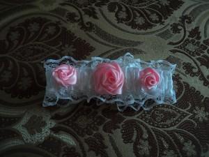 DSC01081-300x225 Подвязка невесты своими руками