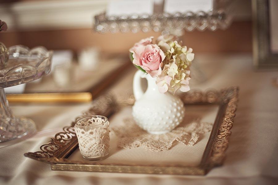 Doily-and-Lace-Wedding-Ideas Винтаж в декоре свадебного стола