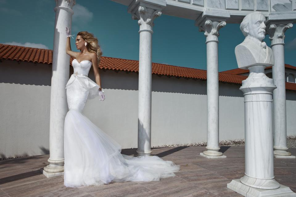 Коллекция свадебных платьев от Julie Vino