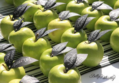 apple-escort-cards Фруктовые карточки для рассадки гостей