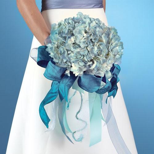 buket-nevesty-gortenziya Свадьба в стиле гортензия, используем цветы в качестве основного декора для оформления свадебного торжества в определенном стиле