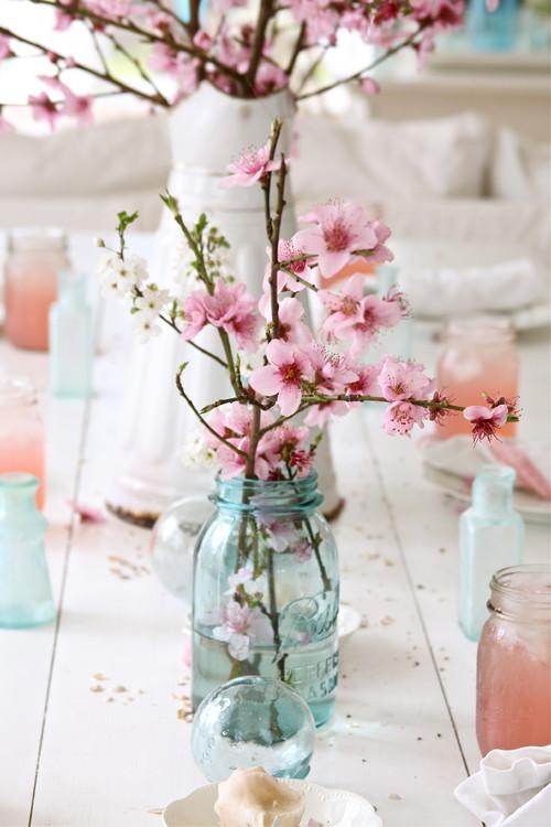eclectic-dining-room Свадьба в стиле «Сакура»: прекрасная весенняя свадьба