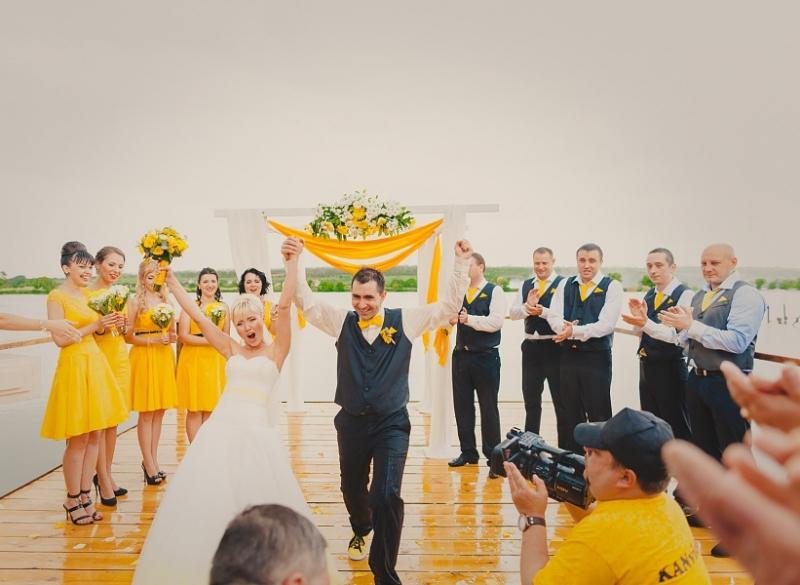 """gv45tgf45278a6ca36e3f6.15334027 Свадьба в стиле """"Смайл"""": используем мотивы смайликов при оформлении свадьбы"""