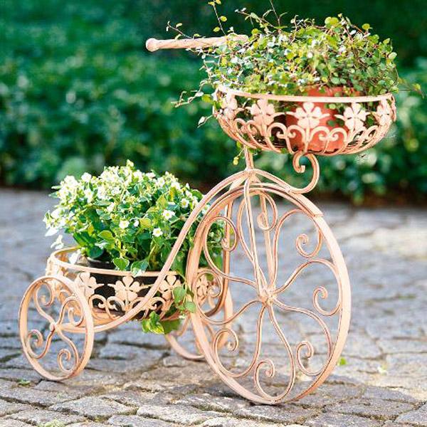 kZGIwOGZk Как можно использовать велосипеды в декоре свадьбы?