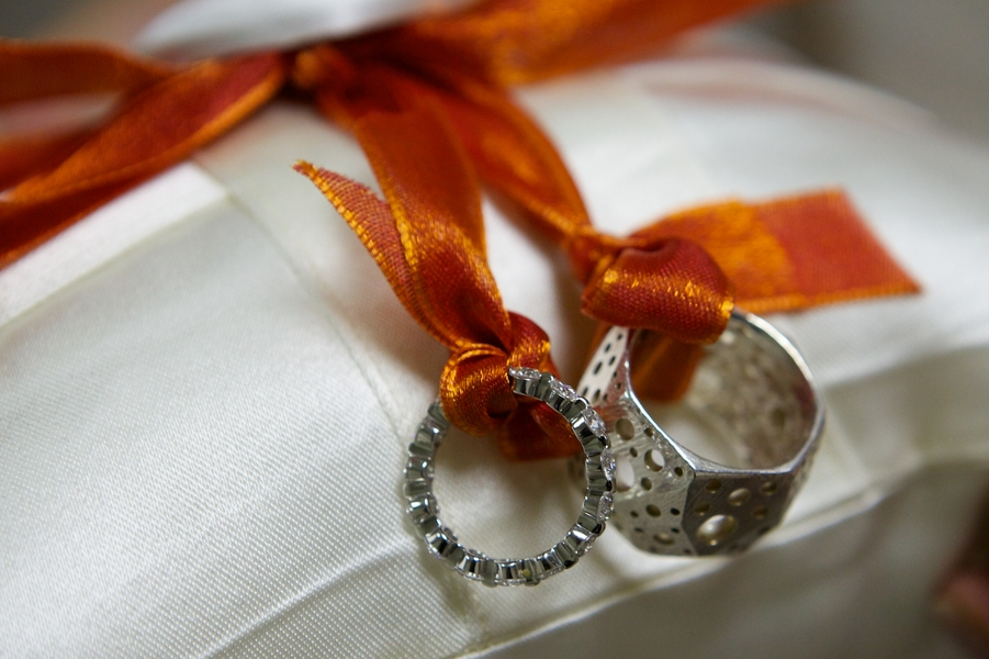 koltsa-v-stile-tor Свадьба в стиле супергероя Тора, для любителей данного персонажа