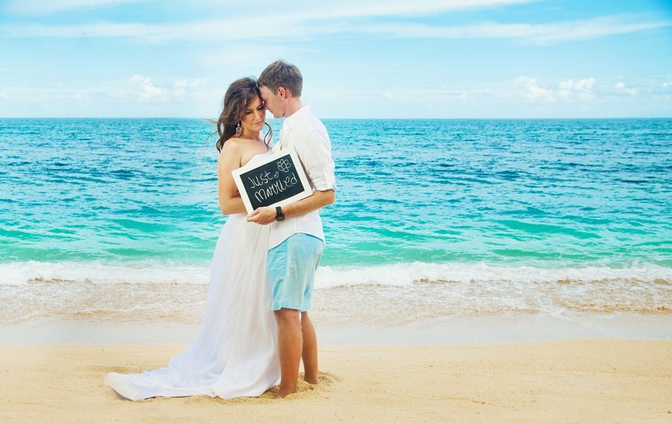 Свадьба на пляже. Какой должна быть невеста?