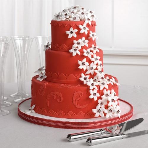 svadbenyj-tort Яркая и страстная свадьба в красном цвете