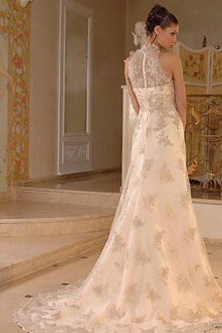 svadebnoe-plate-salon-ukroshhenie-stroptivoj-gminsk Свадебные платья прямого силуэта