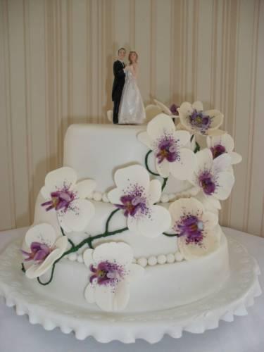 svadebnyj-tort-s-orhideyami Обзорная статья о стилях свадьбы