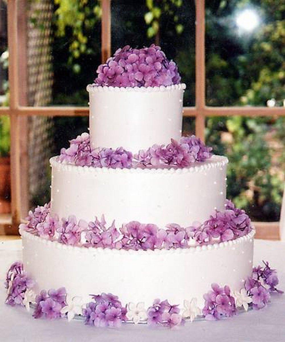 tort__50_cat63_e8437c78tr Белые свадебные торты - один из модных трендов