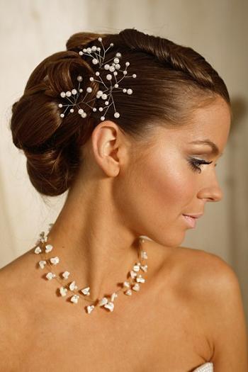 Как подобрать украшение для невесты
