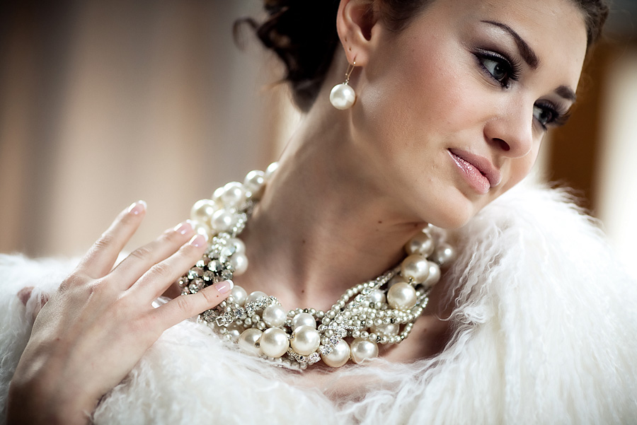 Колье – важный аксессуар невесты