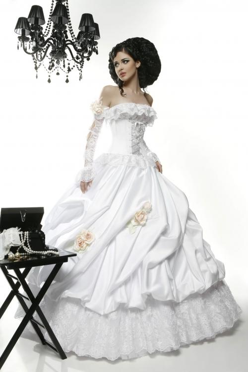 1303571956_01-fransuaza_www.nevseoboi.com_.ua_ Свадебные платья от дизайнера Татьяны Каплун