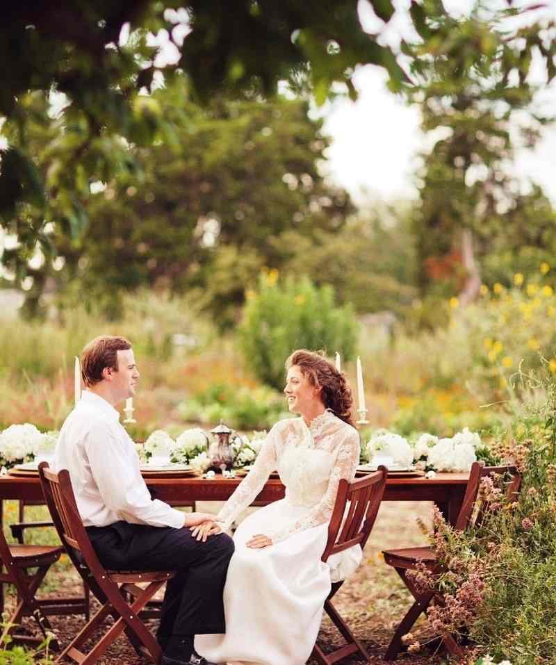 14121.800x1075.1408285470 Романтика книжной свадьбы, как создать такой стиль на свадьбе?