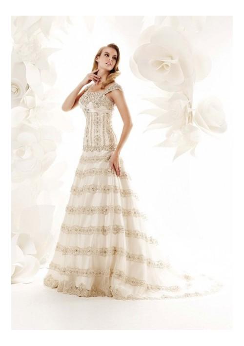 2012041215183323 Свадебные платья от дизайнера Simone Carvalli, фото и видео коллекций