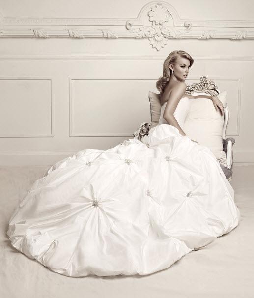 Свадебные платья от дизайнера Simone Carvalli, фото и видео коллекций