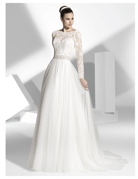 56a19390e1051ac Свадебные платья Franc Sarabia из рубрики Свадебные платья - Все об ...