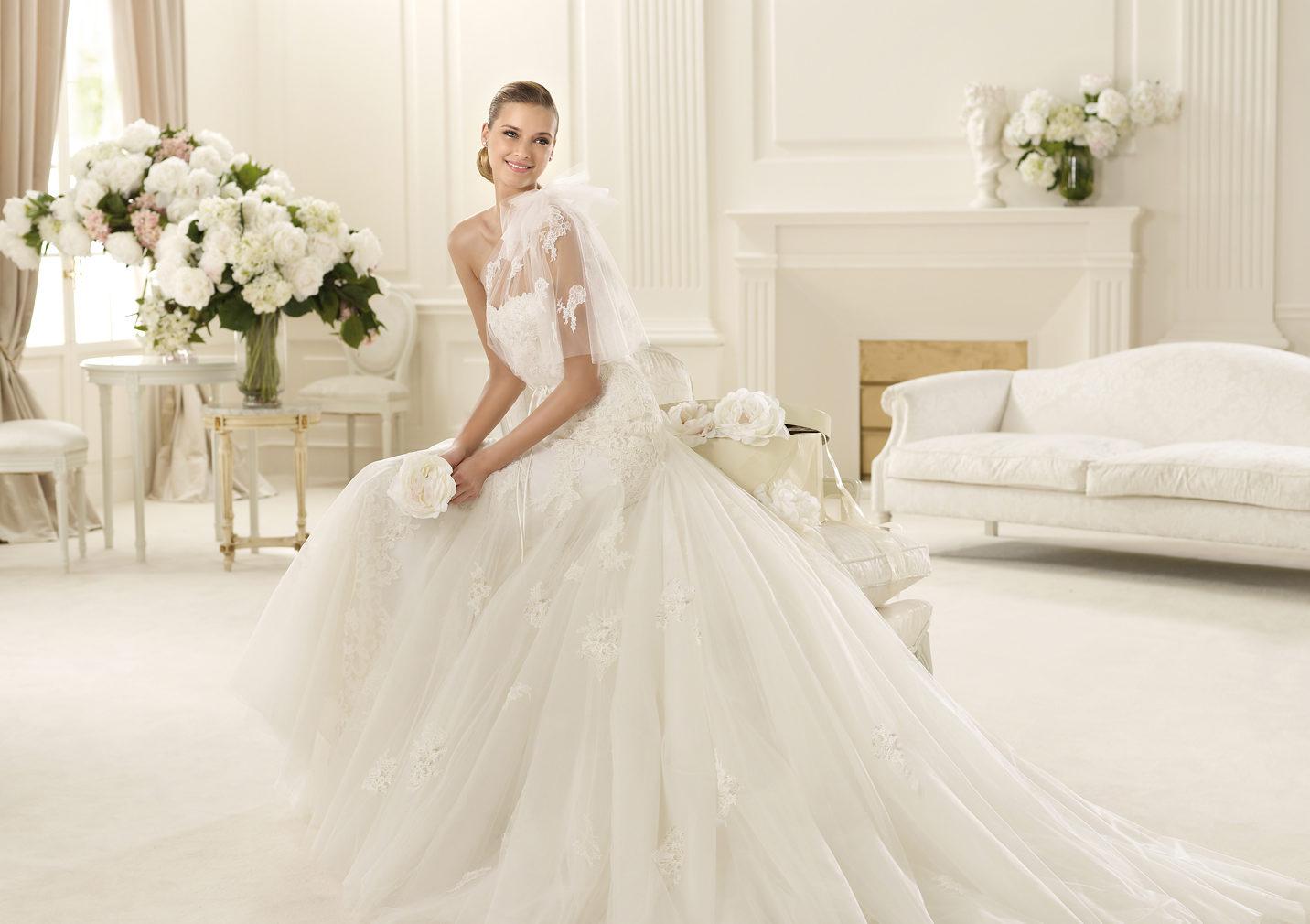 GAMBOA_A Свадебные платья от дизайнера Manuel Mota