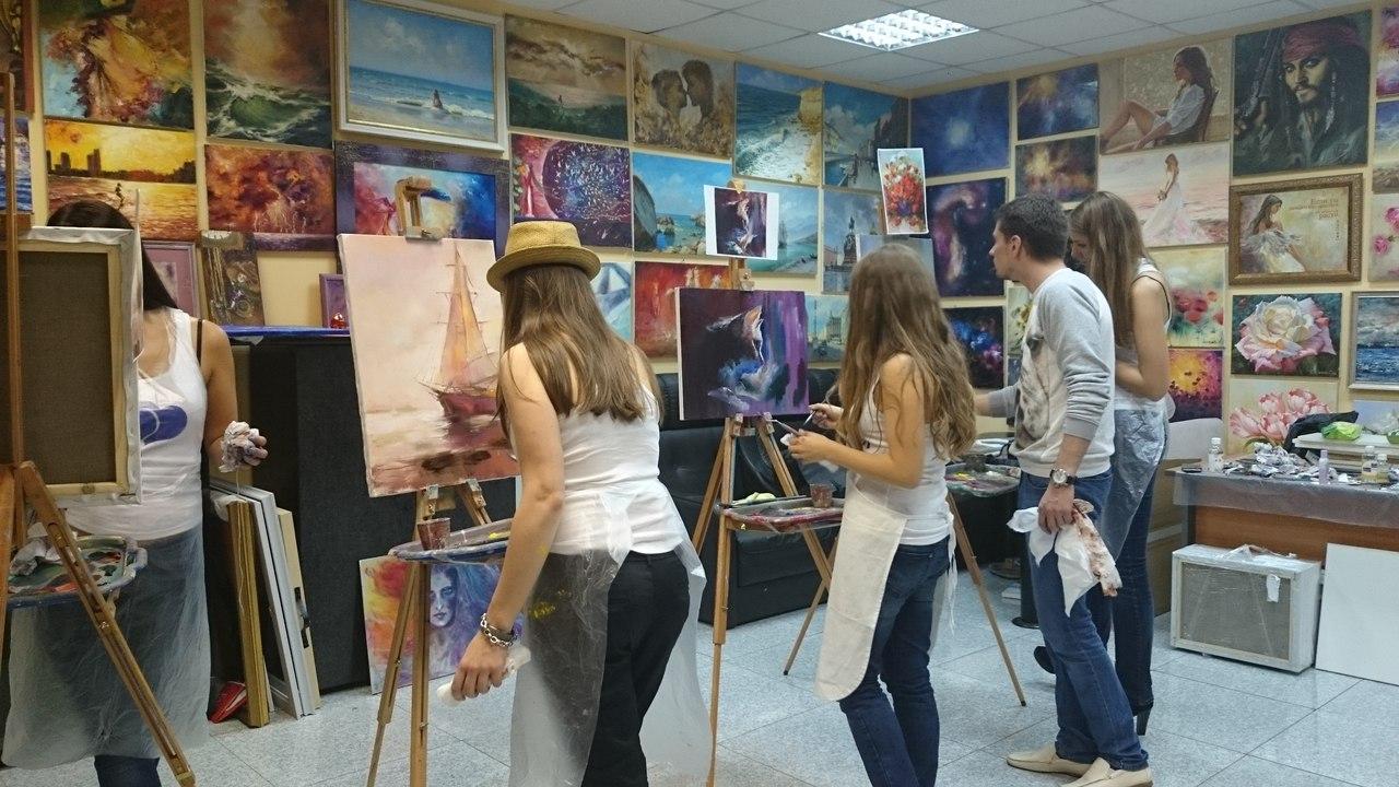 devichnik-v-hudozhestvennoj-shkole-4 Девичник в художественной школе - оригинальная идея для замены стандартного праздника